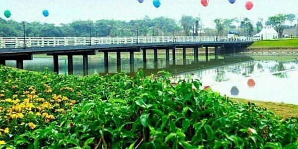 Taman Meikarta Cikarang, Jembatan Central Park Spot Favorit Di Meikarta